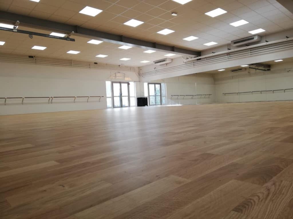 Ecole-danse-harmonie-aix-en-provence-cours-danse-contemporaine-moderne-africaine-pilates-salle (2)