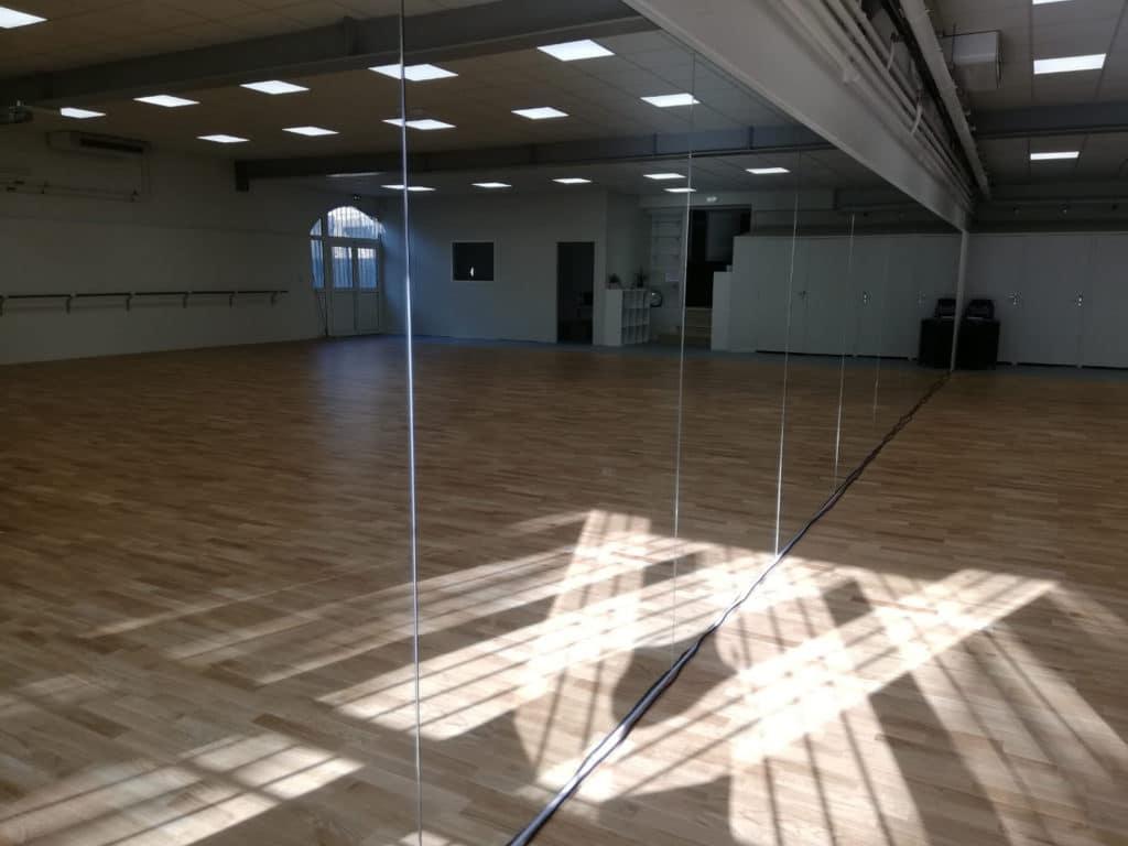 Ecole-danse-harmonie-aix-en-provence-cours-danse-contemporaine-moderne-africaine-pilates-salle (7)