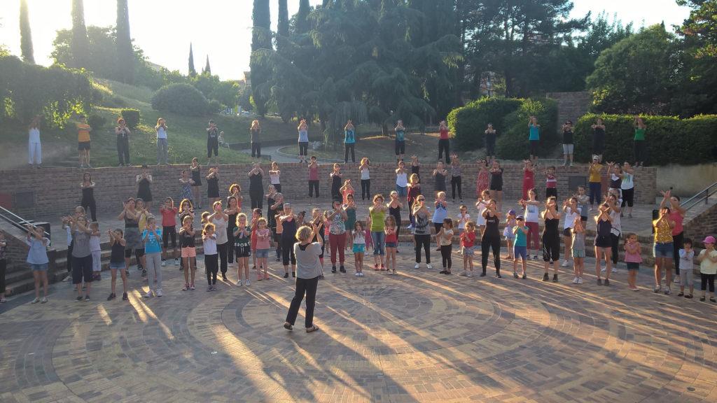 Ecole-danse-harmonie-aix-en-provence-gala-exterieur-saisons (10)