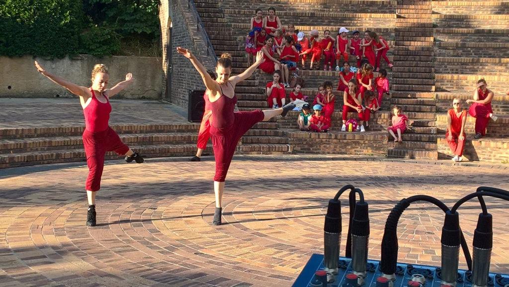 Ecole-danse-harmonie-aix-en-provence-gala-exterieur-saisons (8)